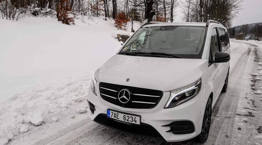 Recenze & testy: Mercedes-Benz V-Class: Salonek pro šest