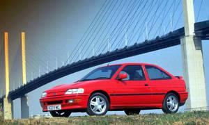 Bazarový snílek: Hrdinové za babku: Ford Escort RS2000