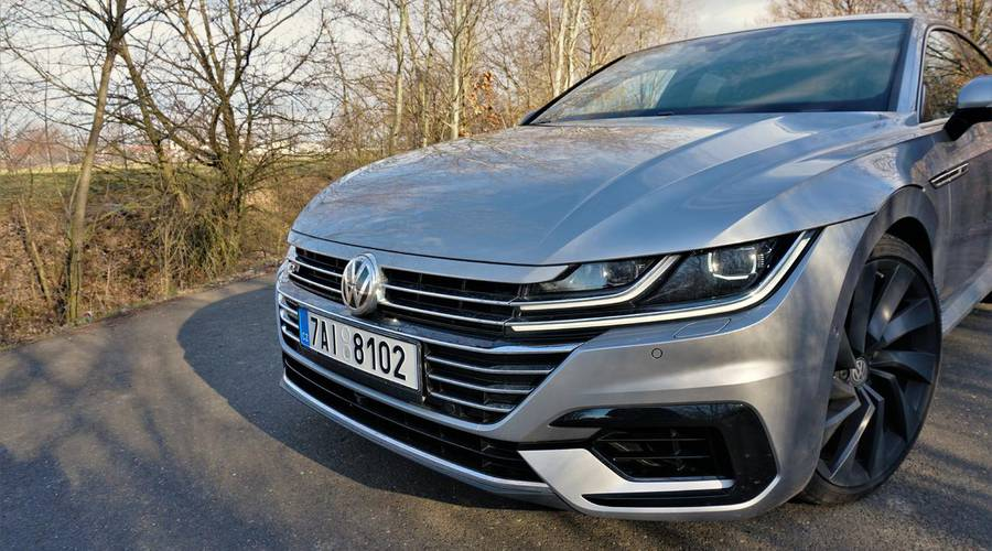 Recenze & testy: Volkswagen Arteon 2.0 TSI: Dobře střižený oblek na míru