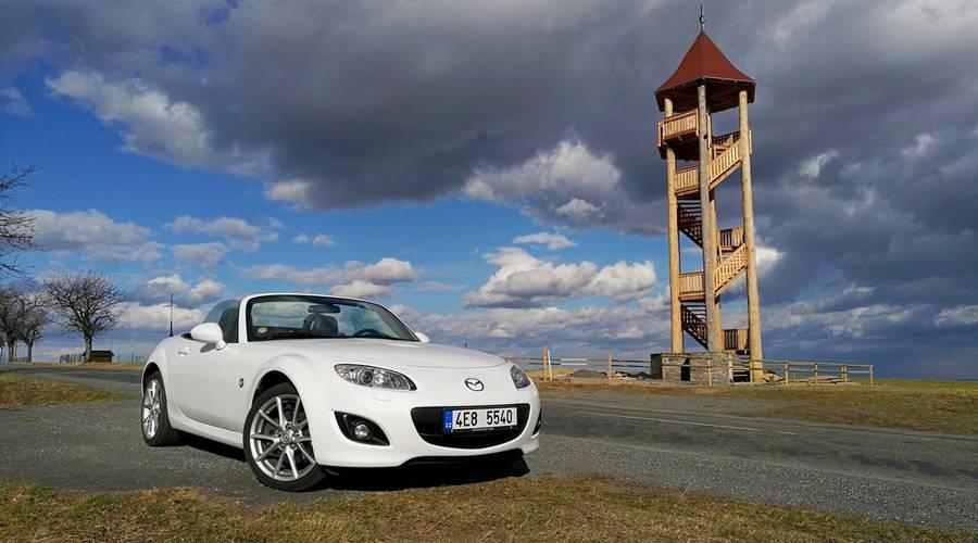 Autíčkářova garáž, Recenze & testy: Autíčkářova garáž: Mazda MX-5 2.0 Sports Line - Proč ji nikdo nemá rád?