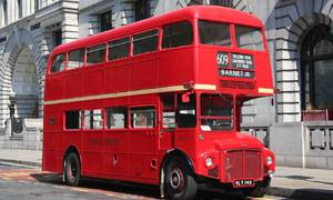 """Historie: AEC Routemaster: Nejklasičtější z """"dvoupatráků"""""""