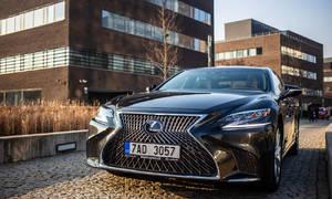Recenze & testy: Lexus LS500h: Potřebuje ještě Yakuza Mercedes?