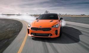 Novinky: Kia Stinger GTS nabídne křiklavou barvu i driftovací mód