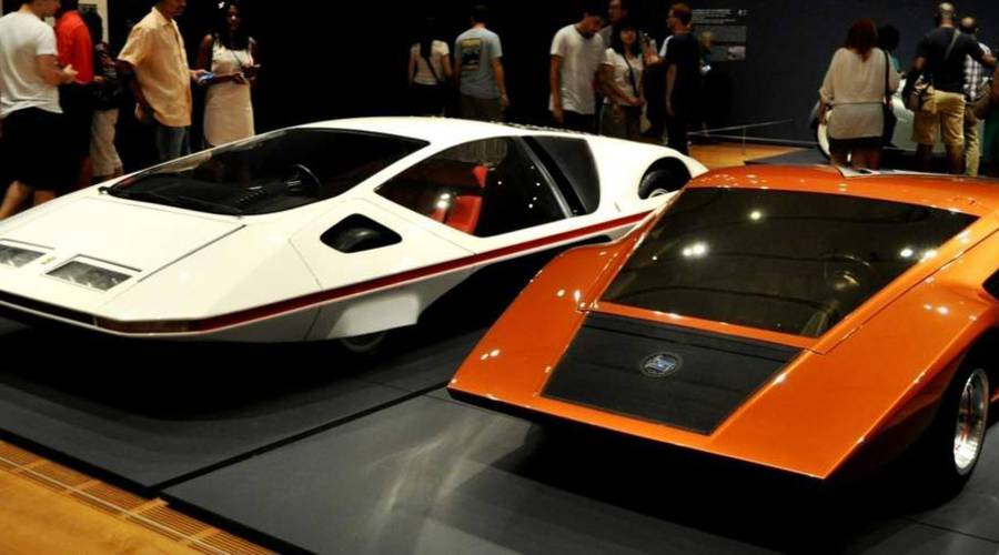 : Lancia Stratos Zero vs. Ferrari Modulo: Souboj mimo realitu