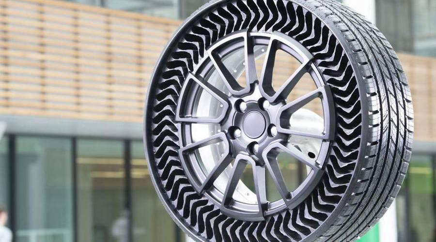 Novinky: Bezvzduchová pneumatika je prý za dveřmi. Jen nevíme, za kterými.