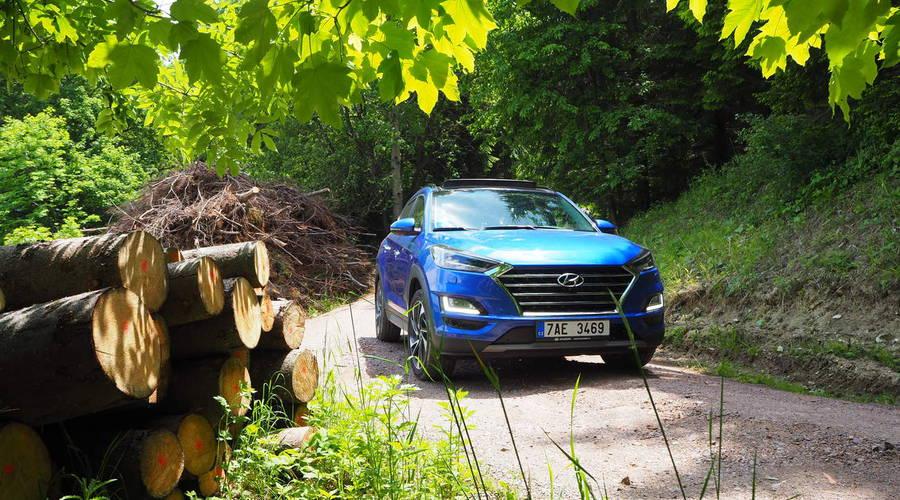 Recenze & testy: Hyundai Tucson 48V: Tak trochu hybrid, tak trochu dostupné SUV
