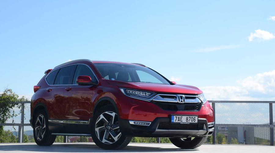 Recenze & testy: Honda CR-V 1.5 VTEC Turbo CVT Executive: Komfortně všude kolem