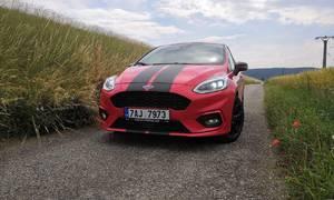 Recenze & testy: Ford Fiesta ST-Line (Red Edition): Hra na závoďák