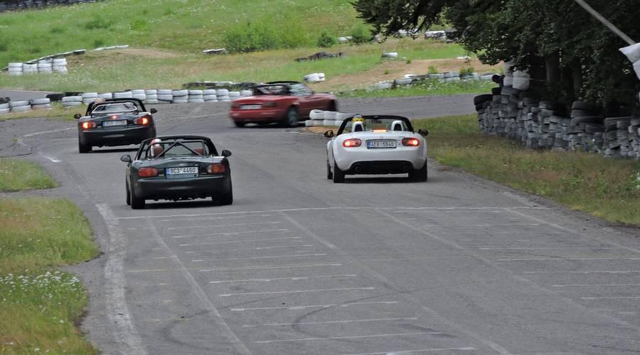 Co se kde děje?, Trackday: MX-5 Cup - 3. závod Písek 13.7.2019: Když si s vámi hraje počasí