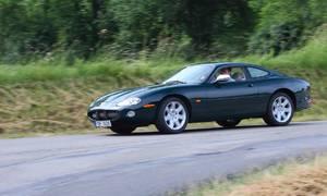 Recenze & testy: Jaguar XKR X100: Poslední z rodu pravověrných GT?