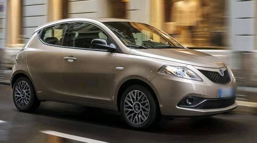 Novinky: Lancia válcuje Alfu v evropských prodejích