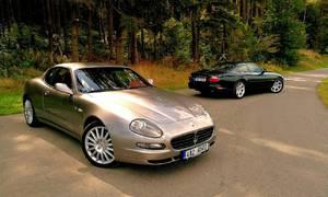 Recenze & testy: Jaguar XKR vs. Maserati Coupe 4200GT Cambiocorsa: Síla nostalgie