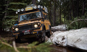 Historie: Camel Trophy: Vrátí se někdy žluté Land Rovery?