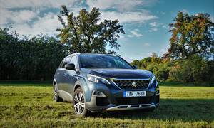Recenze & testy: Peugeot 5008 GT Line: MPV v outdoorovém hábitu