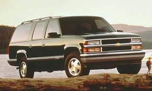 Novinky: První auto s hvězdou na chodníku slávy je Chevrolet Suburban