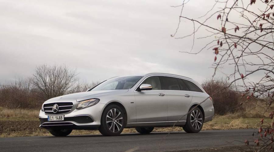 Recenze & testy: Mercedes-Benz E300de: Pan Jedinečný