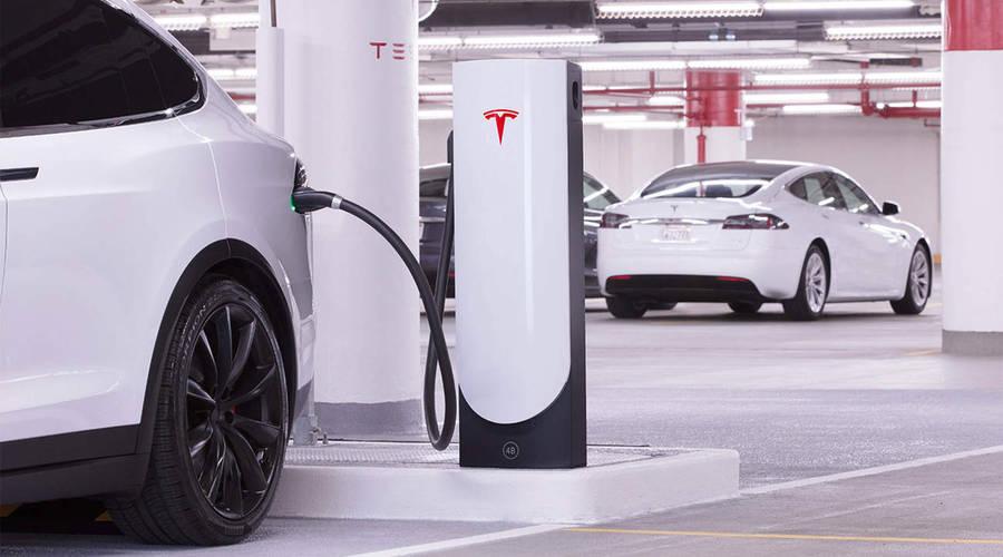 Novinky: Osm států USA zdaní od příštího roku registraci elektromobilů