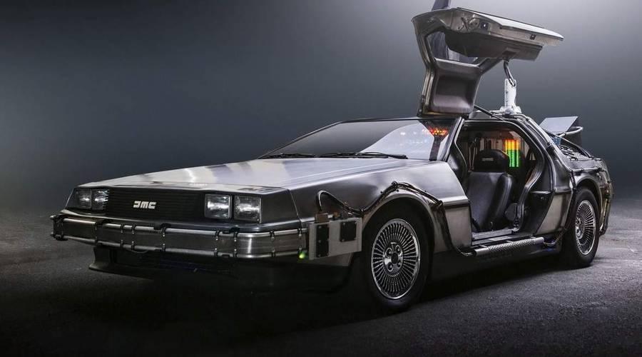Novinky: Kultovní DeLorean DMC-12 se možná vrátí do výroby už v roce 2021