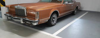 Lincoln Continental Mark V 1977