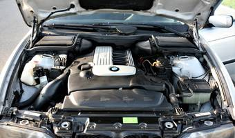 BMW Řada 5 e39 530d manuál 1999