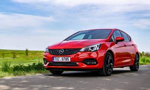 Recenze & testy: Opel Astra 1.2 Turbo: Dospělý automobil