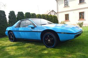 Pontiac Fiero V6 1986