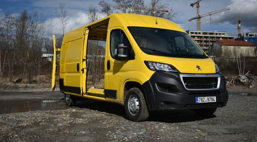 Recenze & testy: Peugeot Boxer: Poštovní panáček
