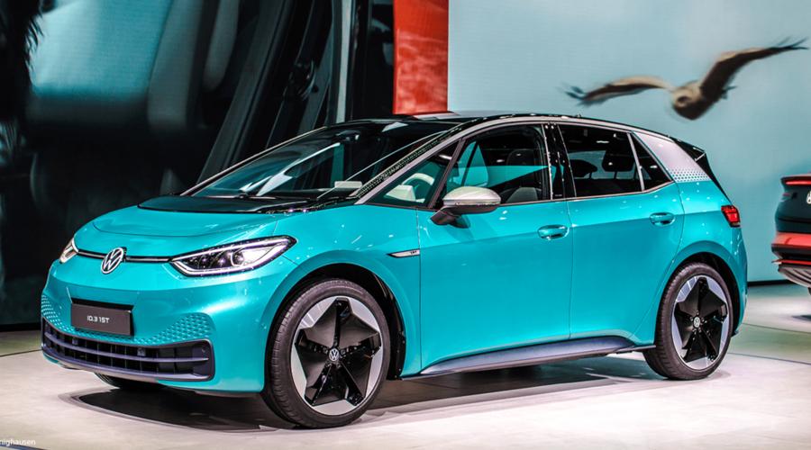 Novinky: VW ID.3 se k zákazníkům dostane v září. Nebude ale plně funkční.