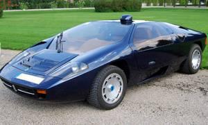Historie: Eberhard Schulz: Stavitel automobilů