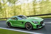 Zelená je nová černá! 14 zelených odstínů, které berou dech (+2 šeredné)