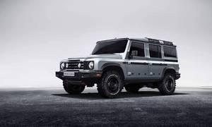 Novinky: Rozhodně-ne-starý-Defender vzniká v Británii bez povolení Land Roveru.