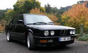 Recenze & testy: Autíčkář za volantem: BMW E28 M535i