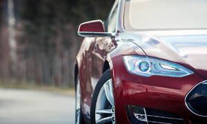 #autickarfuturista, Recenze & testy: Tesla Model S: Jak se jezdí na elektrony?