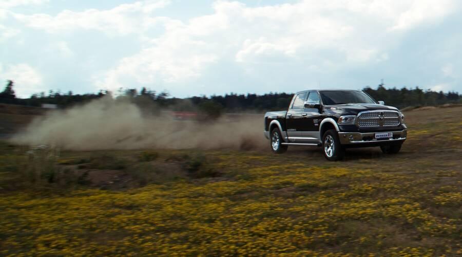Ameriky na vlastní kůži, Napsali jinde: Ram 1500 Ecodiesel: Volba rozumu?