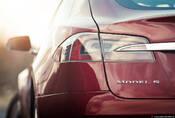 Tesla Model S: Jak se žije s elektrony?