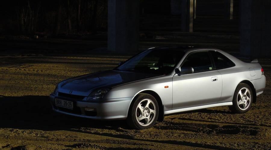 Autíčkářova garáž: Prelude stále jezdí aneb jak se žije s 20 let starou Hondou?