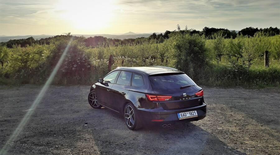 Recenze & testy: Seat Leon ST FR 2.0 TDI: Španělský elegán