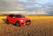 Volvo XC60 T5 AWD R-Design: Vaše nové auto na všechno