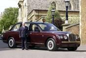 Garáž britské královské rodiny: Proč mají paparazzi smůlu a proč jezdí Aston Martin na pálenku?