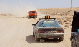Autíčkář na cestách: Mongol Rally 2018 část 5. : O bílém městě, ohnutých kolech a spoustě písku