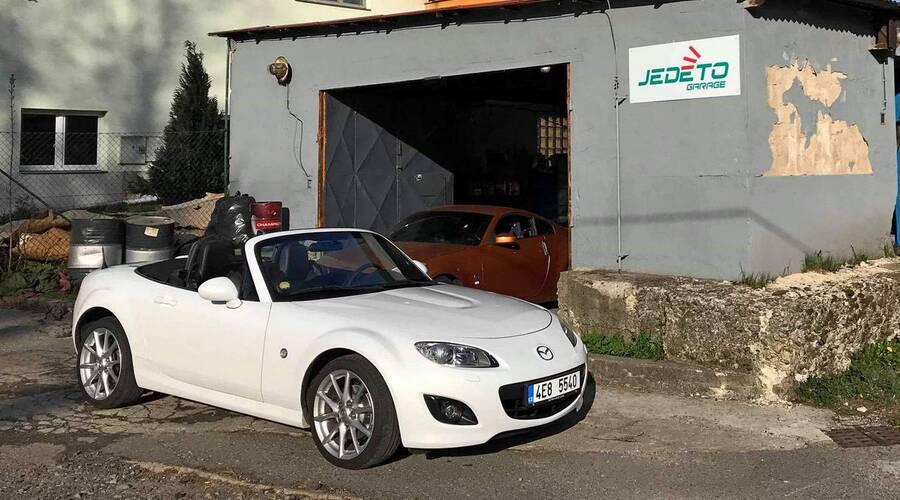 Autíčkářova garáž: Autíčkářova garáž: MX-5 NCFL 2.0 a přípravy na blížící se MX-5 Cup