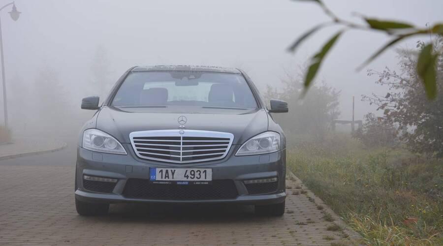 Bazarový snílek, Recenze & testy: Mercedes S500L 4 Matic AMG – Sladký život šéfa podsvětí