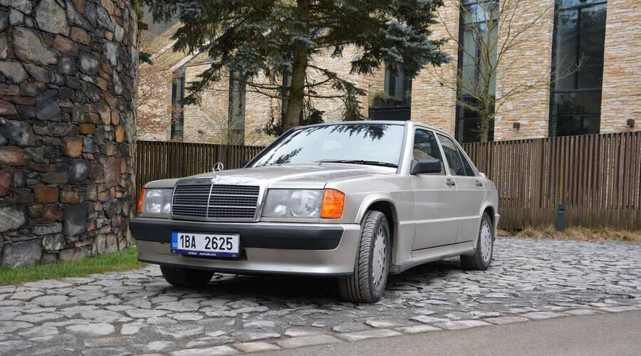 Historie, Recenze & testy: Mercedes Benz 190E 2.3-16: Z nebe mi mává Ayrton Senna