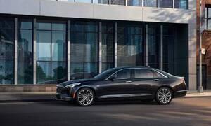 Novinky: Cadillac představuje CT6 V-Sport se zbrusu novým osmiválcem
