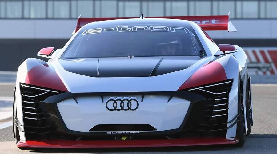 Novinky: Audi představuje E-Tron Vision GT – virtuální sporťák převedený do reality