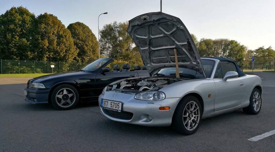 Autíčkářova garáž: Mazda MX-5 1.8 Kompresor: Jak se žije s přeplňovanou Miatou