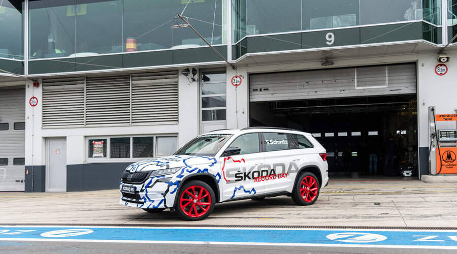Autíčkářův hejt: Škoda Kodiaq RS: Senzační senzace na Nürburgringu