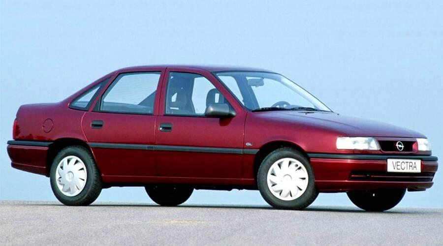 Autíčkář se ptá: Jaké bylo vaše první auto? | Autíčkář se ptá