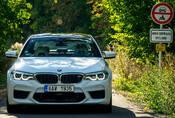BMW M5: Strach, rychlost a láska