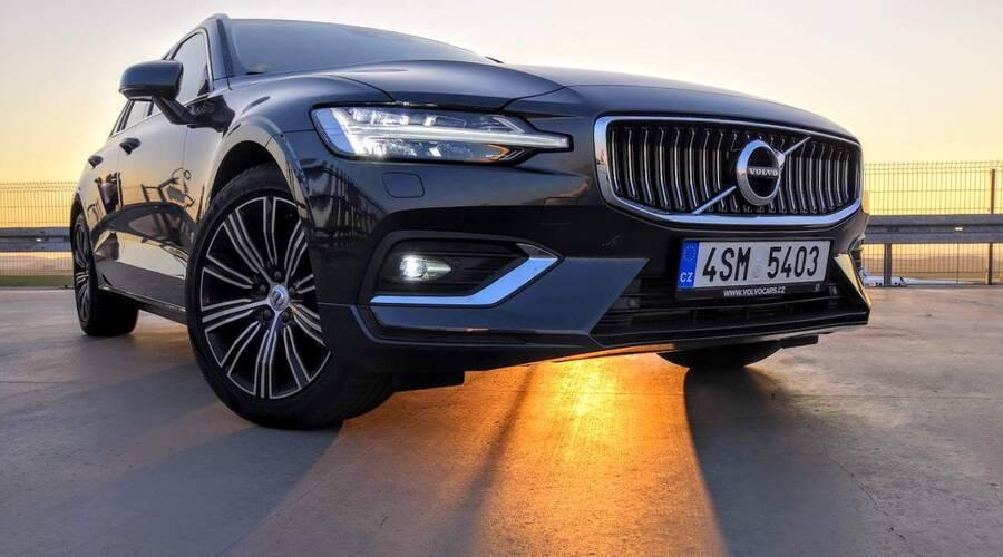 Recenze & testy: Volvo V60 D4 Polestar: Mikrokosmos na kolech